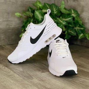Nike Air Max Tavas Women's size 8.5